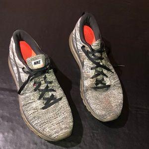 Nike men's gray Flyknit max sneakers